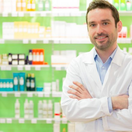 Becoming A Pharmacist: A Definitive Guide For Students!